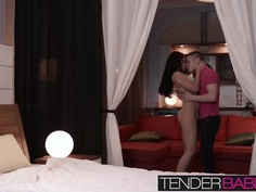 Babes Jessi Gold and Kristal take part in this FFM threesome