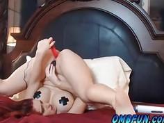 OMBFUN.com Upside Down Masturbating Babe Cum Gushing Squirt 5-40 OhMiBod