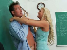 Blonde whore Jessie Andrews giving hot blowjob and getting her pussy eaten hard