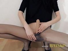 Hot twentyone girl teasing in front of mirorr